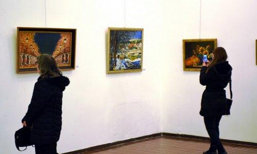 Фотографије са отварања изложбе Јована Лазаревића Јокера
